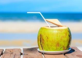 Cómo vender agua de coco: Consejos que te ayudar a ganar dinero