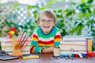 7 consejos para ahorrar a la hora de comprar el material escola