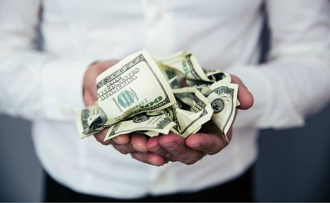 Cómo ganar dinero: el dólar simple