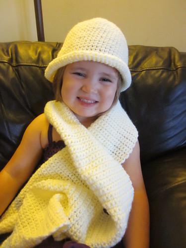 Sombrero y bufanda modelados