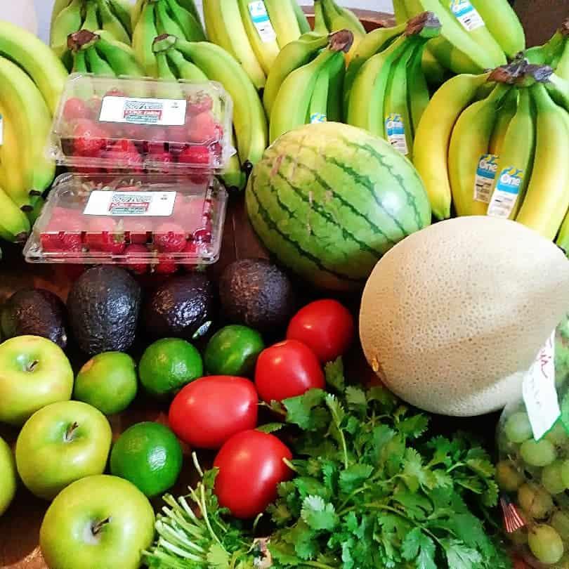 """produce """"class ="""" wp-image-7347 """"srcset ="""" https://www.struggletodaystrengthtomorrow.com/wp-content/uploads/2019/08/produce.jpg 810w, https://www.struggletodaystrengthtomorrow.com/wp -content / uploads / 2019/08 / produce-150x150.jpg 150w, https://www.struggletodaystrengthtomorrow.com/wp-content/uploads/2019/08/produce-300x300.jpg 300w, https: //www.struggletodaystrengthtomorrow .com / wp-content / uploads / 2019/08 / produce-768x768.jpg 768w, https://www.struggletodaystrengthtomorrow.com/wp-content/uploads/2019/08/produce-180x180.jpg 180w """"tamaños ="""" (ancho máximo: 810px) 100vw, 810px """"/></figure> <h2>Obtener recompensas:</h2> <h3>Una aplicación interesante que le permite comprar en cualquier lugar y canjear puntos por tarjetas de regalo con recibos escaneados</h3> <p>Al igual que Ibotta y Receipt Pal, esta aplicación tiene un proceso de registro rápido que le permite comenzar a escanear sus recibos de inmediato. </p> <p>Las entradas para el sorteo cuestan tan solo 100 puntos, mientras que las tarjetas de regalo de $ 25 comienzan en 25,000 puntos. </p> <p>Una característica interesante que se incluye con Fetch es su """"sección Plan"""". En esta sección, tiene una pestaña Lista inteligente para agregar artículos a su lista de compras, y una pestaña Inspiración de receta que proporciona muchas recetas diferentes de Aperitivos-Postres.</p> <p><strong>Organización y ganancia, todo ubicado en una aplicación; ¿Qué más se puede pedir?</strong></p> <figure class="""