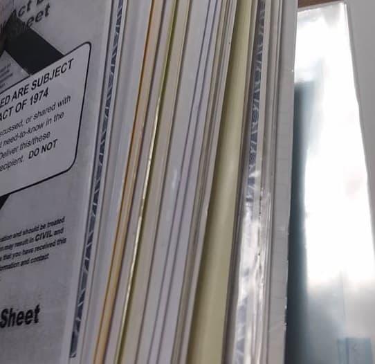 Cómo hacer una carpeta de documentos familiares, ahorrándole un dolor de cabeza y preparándolo para emergencias y olvidos de último momento.