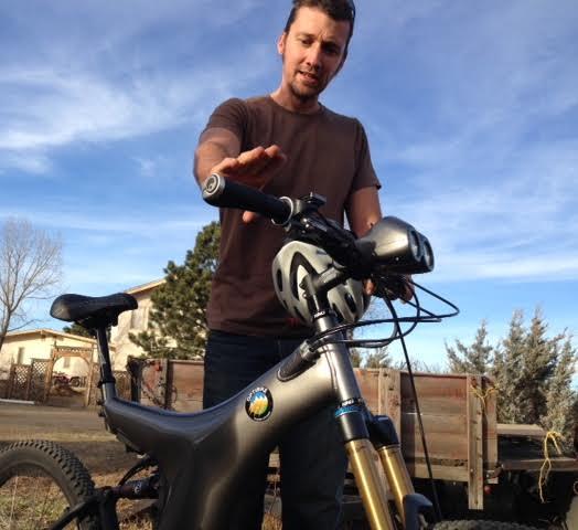 Probar la Optibike R-8, una bicicleta de montaña eléctrica de $ 10,000.