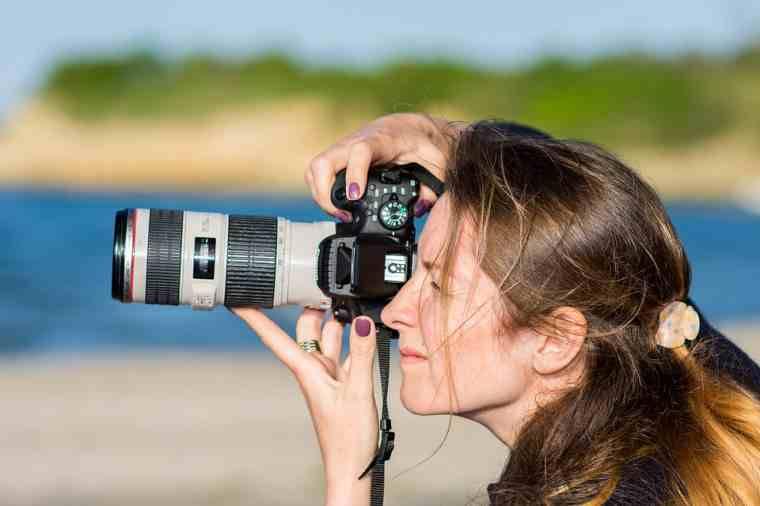Obtenga dinero para tomar fotografías como una madre que se queda en casa