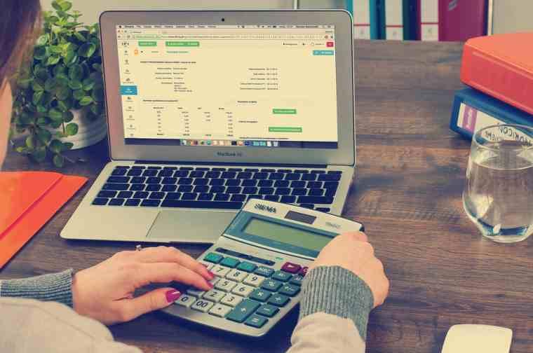 Comience un negocio de contabilidad como una estancia en casa Mamá