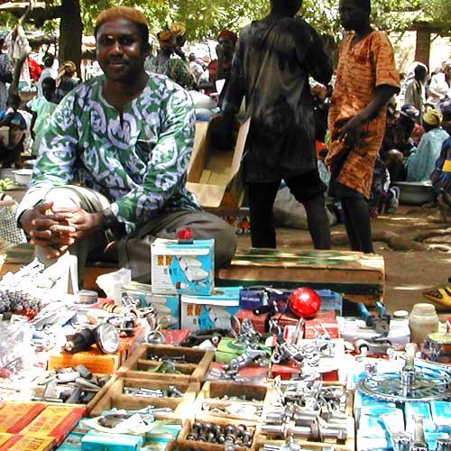Distribuidor de piezas de bicicleta