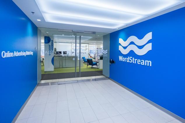 Trabajando de forma remota nuevas oficinas de WordStream 101 Huntington