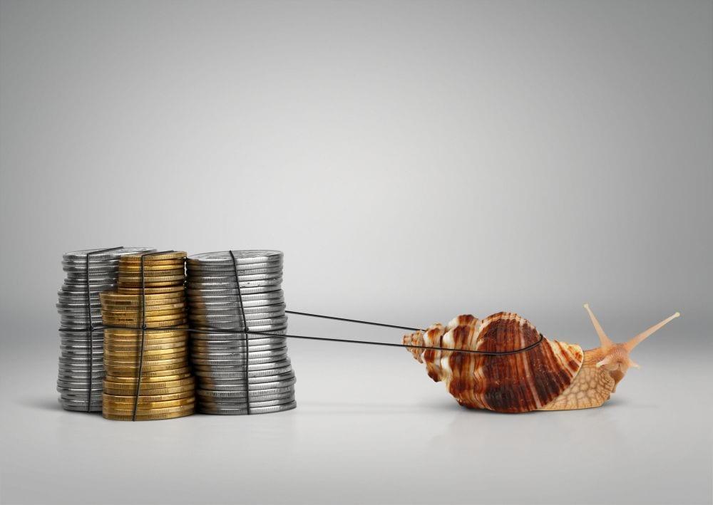 """El banco respaldado por el gobierno pide que los planes de pensiones adopten un enfoque de inversión """"menos cauteloso"""""""
