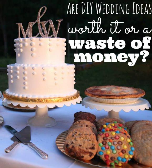 Ideas de boda de bricolaje - Vale la pena o una pérdida de dinero Imagen de la mesa de postres de boda