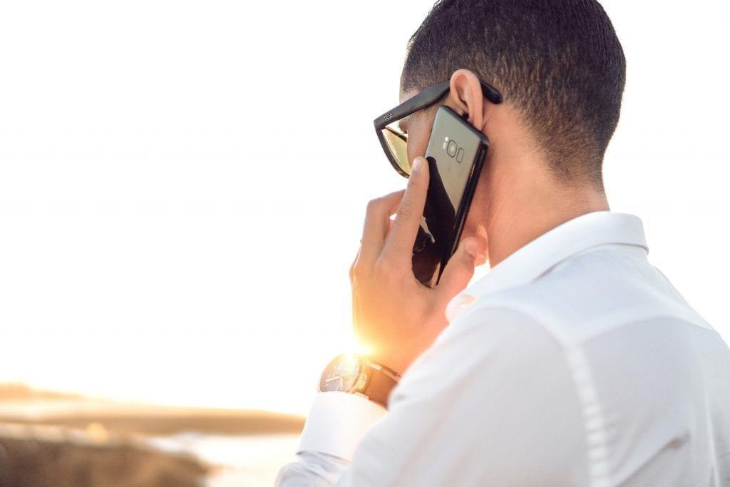 Reciba pagos por hacer llamadas telefónicas (hasta $ 15 cada uno)