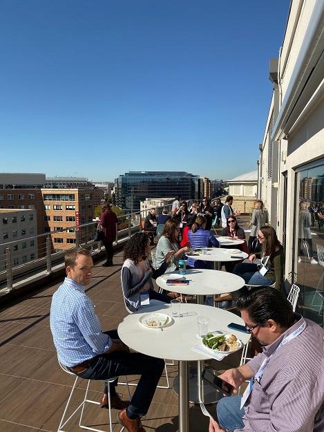 WordStream Almuerzo en vivo en la terraza del techo