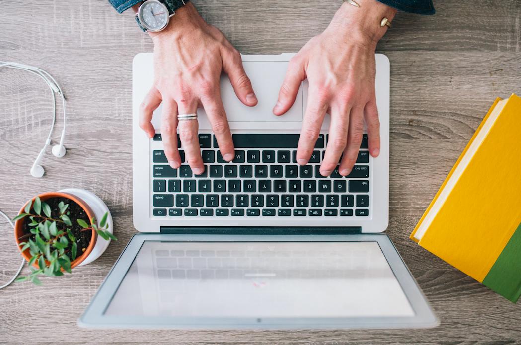 Laptop 40+ Consejos de expertos y formas de ganar dinero