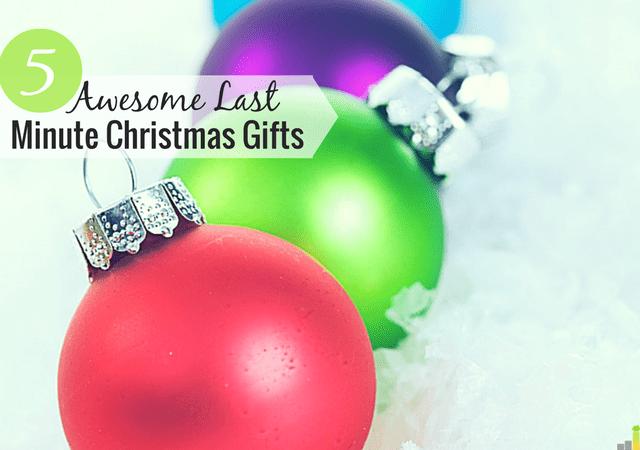 Los regalos de Navidad de último minuto pueden ser difíciles de encontrar. Comparto algunas de mis ideas de regalos de Navidad de último momento que no romperán su presupuesto en el proceso.