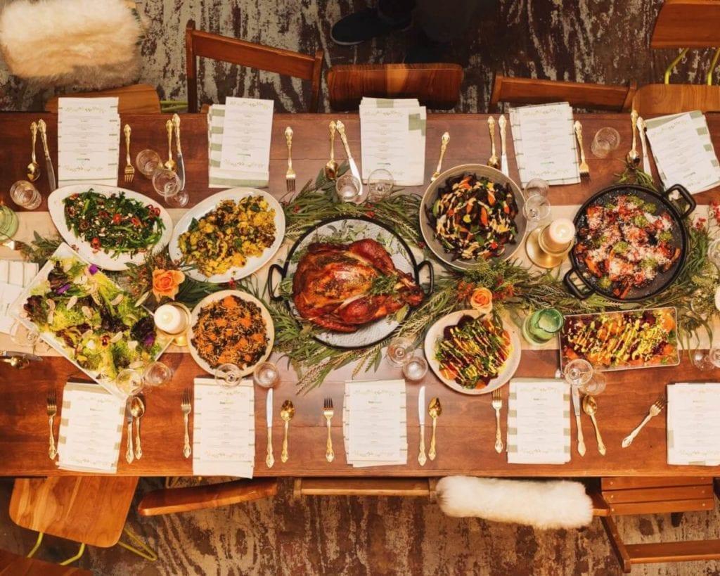 Ideas de cena de acción de gracias en un presupuesto 2019