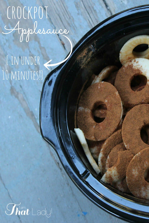 ¿Quieres hacer puré de manzana pero no quieres ser esclavo de una estufa caliente todo el día? ¿Por qué no hacer esta fácil compota de manzana crockpot de 10 minutos? ¡Es tan fácil de hacer y no tienes que pasar horas haciéndolo! ¡Pásate y echa un vistazo!