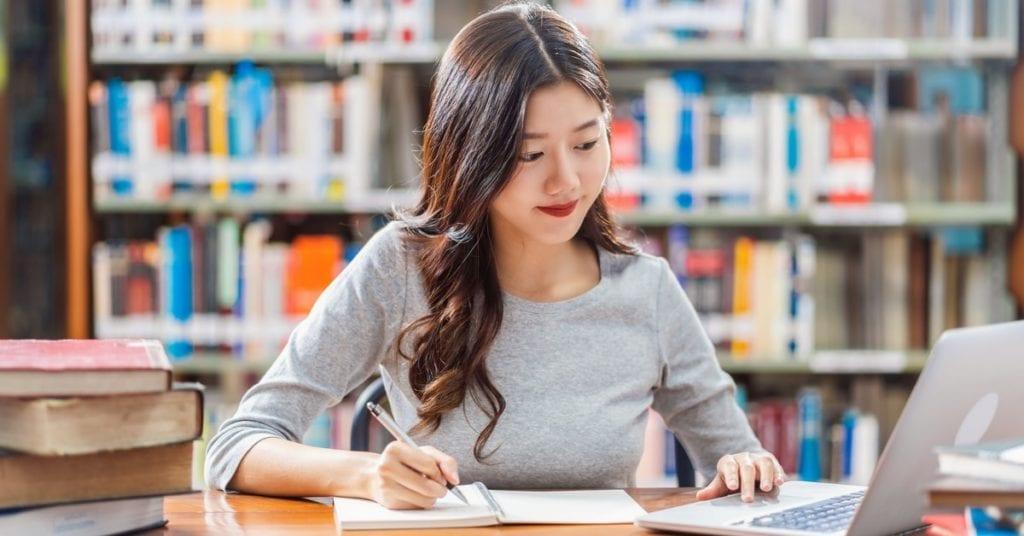 Doctor en Filosofía. Guía de préstamos estudiantiles - Planificador de préstamos estudiantiles