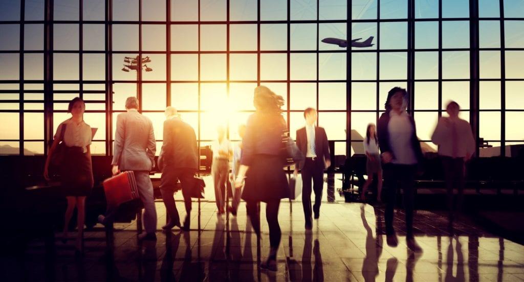 Este minorista está ayudando a los viajeros a saltar largas colas en el aeropuerto