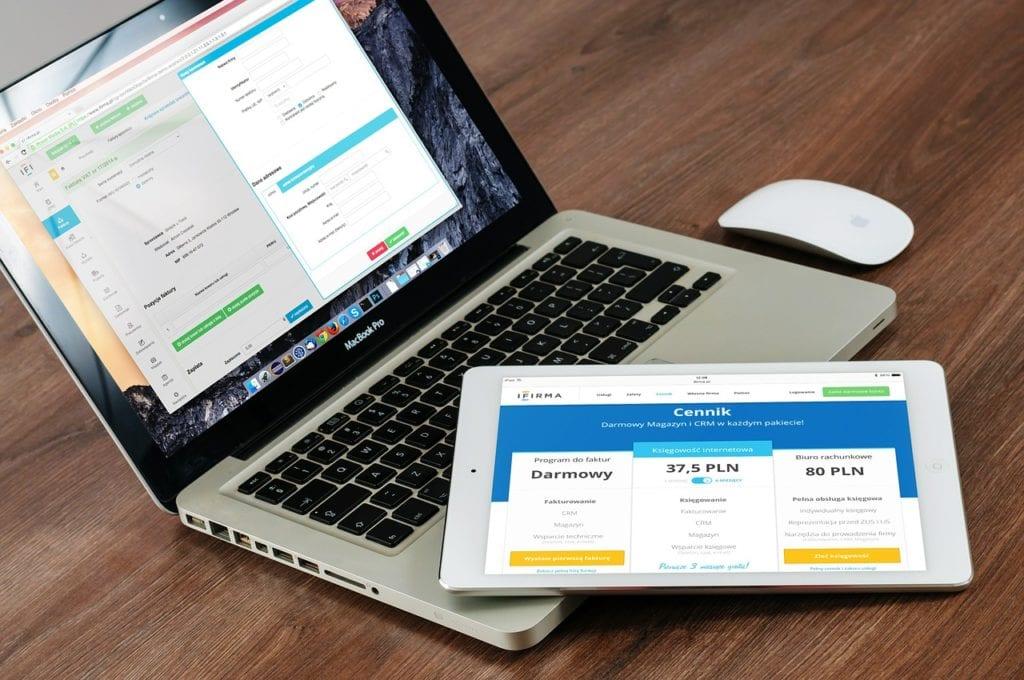 Cómo comprar y vender sitios web para ganar dinero