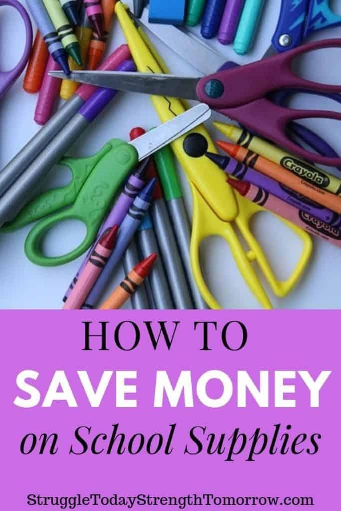 Cómo ahorrar dinero en útiles escolares. ¡La familia promedio gasta más de $ 600 en preparación para el nuevo año escolar! Eso es una locura! Entonces, para ayudar a aliviar las tensiones financieras y las cargas en sus talonarios de cheques, he compilado una lista de formas de ahorrar dinero en útiles escolares. ¡Haga clic ahora para ver cómo puede mantenerse dentro del presupuesto y reducir costos este año! #tips #hacks #savingmoney #budget #schoolsupplies #backtoschool #shoppinglist