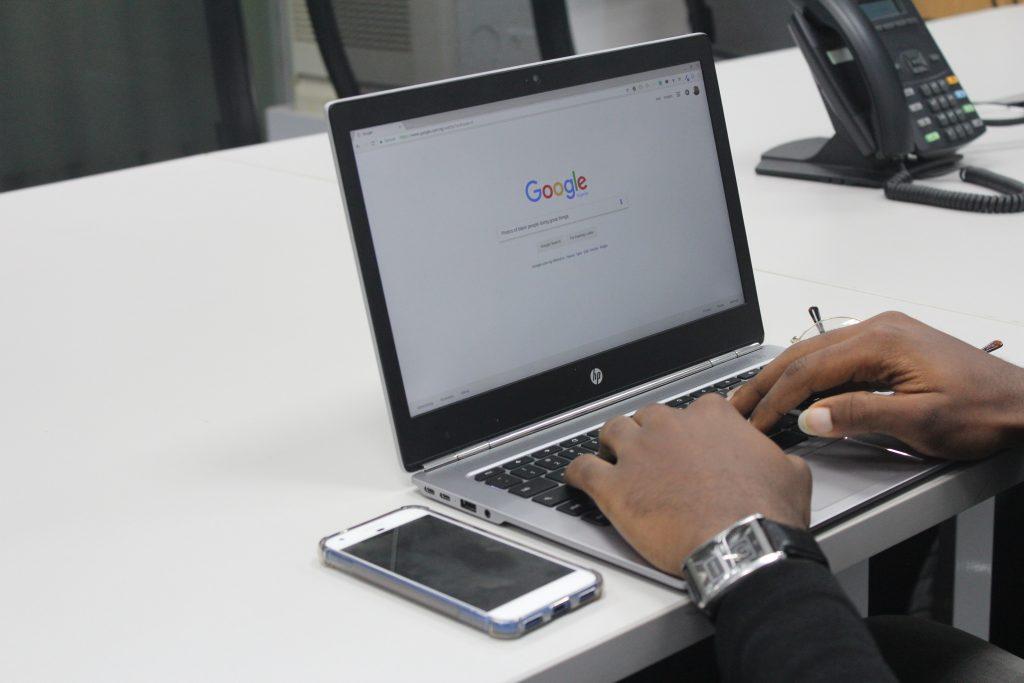22 Trabajos en línea en el hogar sin tarifa de registro