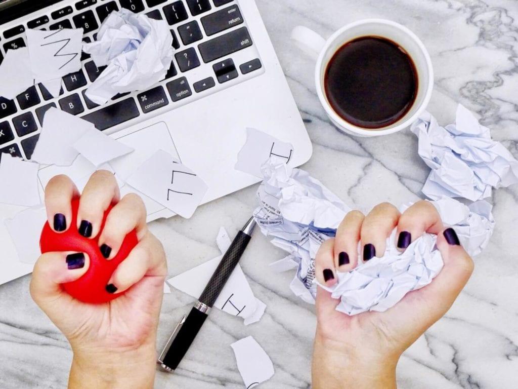 Cómo el estrés financiero perjudica su salud mental