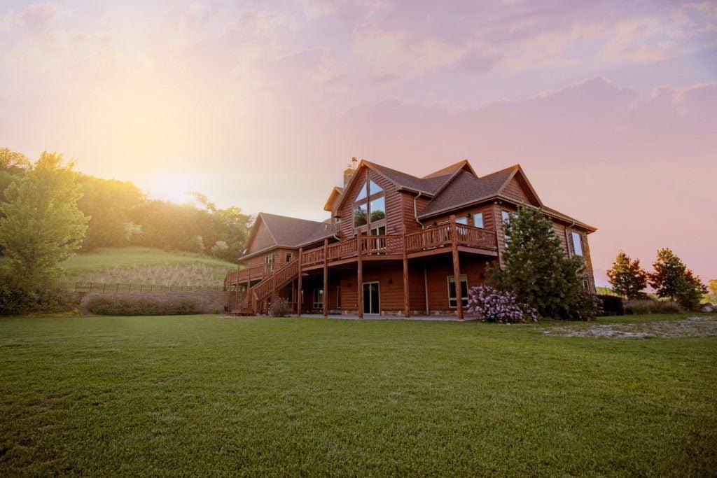 Cómo invertir en bienes raíces sin comprar propiedades