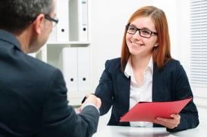 Cómo rechazar una oferta de trabajo (o renunciar) con gracia
