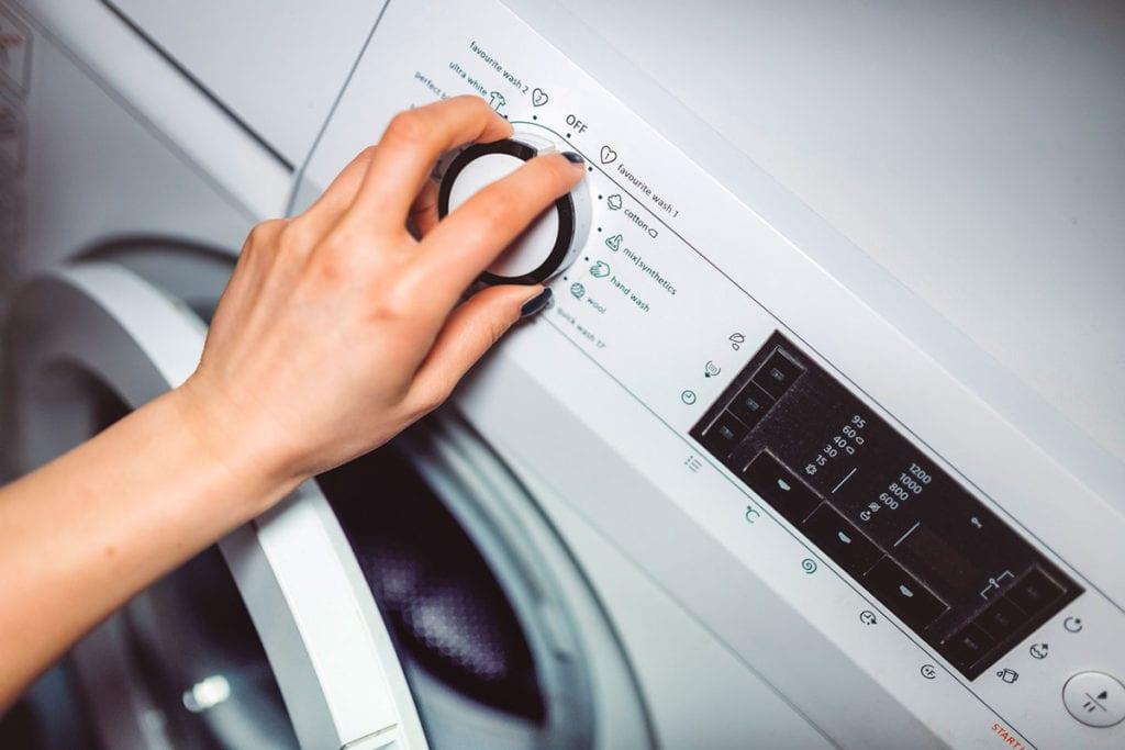 Whirlpool retira 55,000 lavadoras más en riesgo de incendiarse