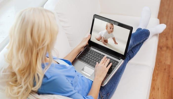 """ver anuncios por dinero """"class ="""" wp-image-5430 """"srcset ="""" https://ganardineroporinternet.me/wp-content/uploads/2020/05/1589764204_389_18-mejores-sitios-que-le-pagan-para-ver-anuncios.jpg 700w, https: //carapalmer.com/wp-content/uploads/2020/02/earn-money-by-watching-ads-300x171.jpg 300w """"tamaños ="""" (ancho máximo: 700px) 100vw, 700px"""