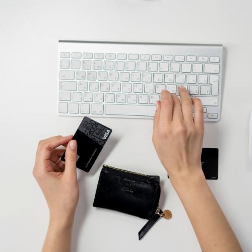 Cómo cobrar pagos de PayPal en su sitio de WordPress - ThinkMaverick