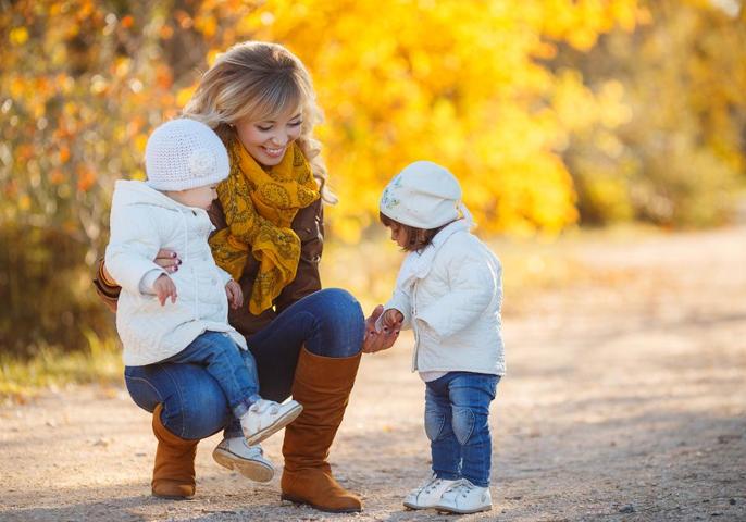 Proveedor de cuidado infantil: un empuje lateral flexible para las nuevas mamás.